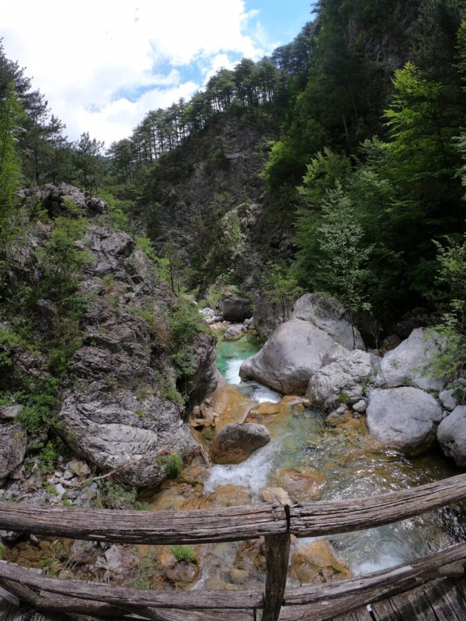 Enipeas Hiking_3